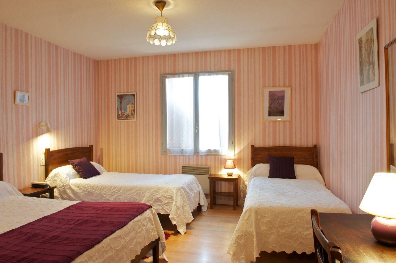 Hôtel Pays Basque 10_Auberge de l'Etable_chambre triple_Montory 64470