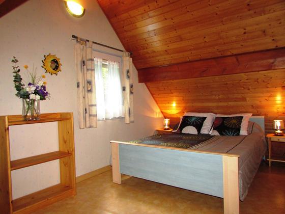 4-chambre1-favaudon-HautesPyrenees