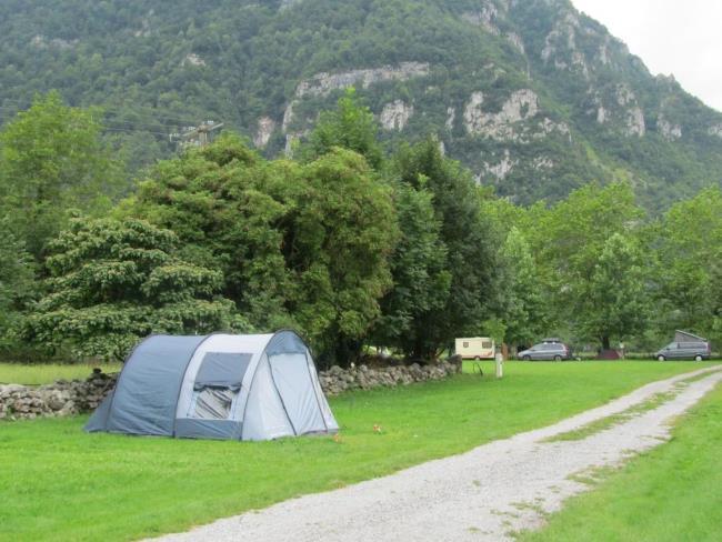 Camping Cazenave -Doux photo emplacement 3