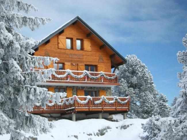 Chalet Mountain Lodge