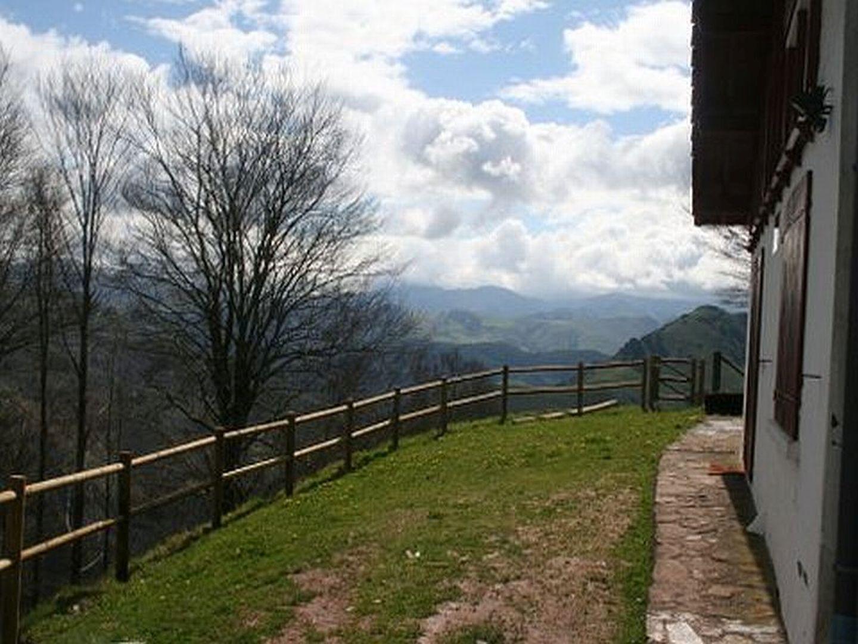 Gite-Kayola-vue-montagnes-2