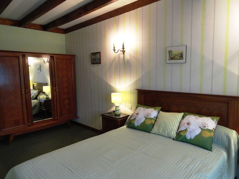 Location Loubet - Maison 6 pers - 10 - Autre vue chambre lit double verte - Mendive