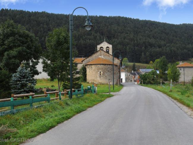 fontrabiouse_entrne_du_village