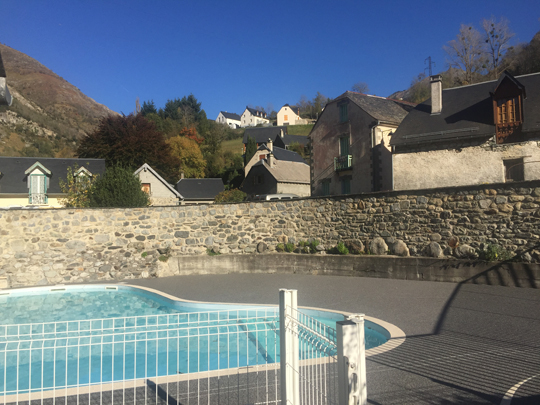 piscine2-theil-esterre-HautesPyrenees